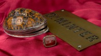 Tortoiseshell snuff box, seal and brass name plate