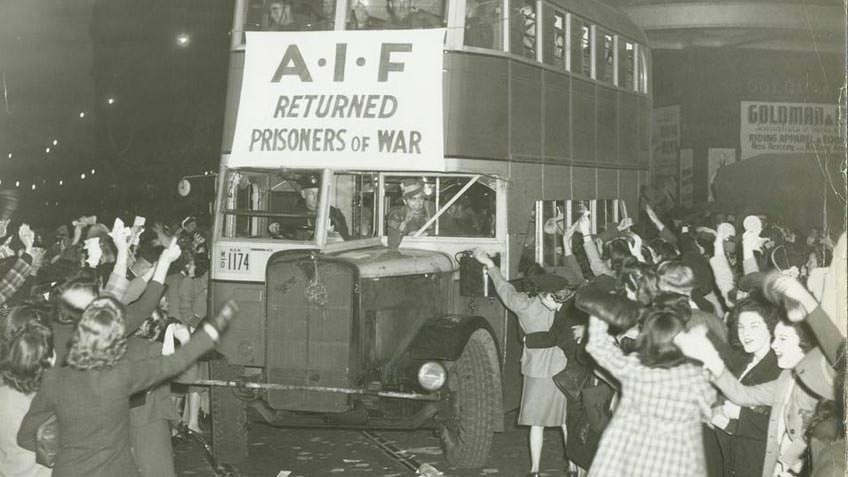 AIF prisoners of war returning to Sydney, 1945