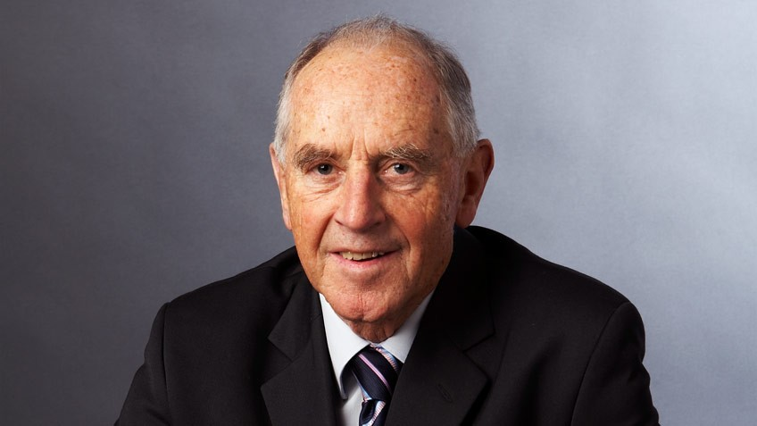 Portrait of The Hon John Cain, State Library Board President 2006–12 by Andrew Lloyd