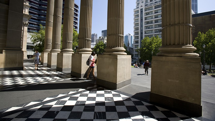 Photograph of the State Library forecourt and columns