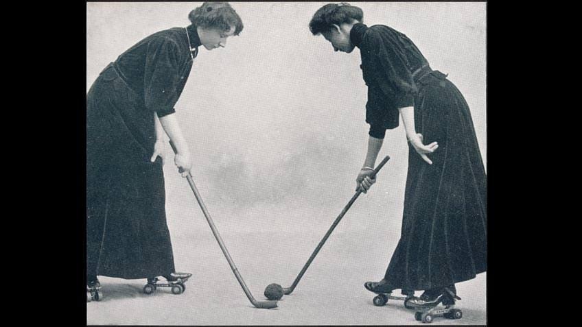 Champion polo players on skates
