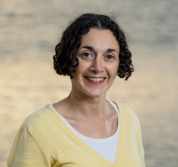 Dr Joëlle Gergis head shot